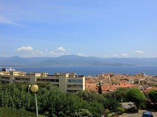 Ajaccio vue mer, 4/6 pers., proche centre et plage - Ajaccio vacation rentals