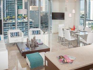 Bay Views & Miami River. Luxe Corner Condo - Brickell vacation rentals