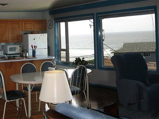 B&K's Condo - Home at the Beach - Beach/Ocean View - Lincoln City vacation rentals