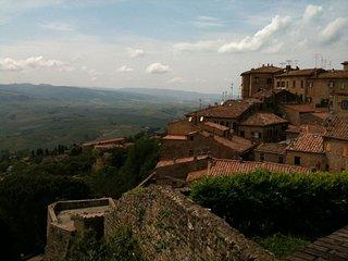 Appartamento in collina a 15 minuti dal mare - Castellina Marittima vacation rentals