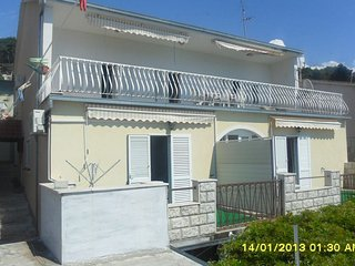 Nice 2 bedroom Trogir Apartment with Television - Trogir vacation rentals