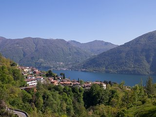 Sunny 2 bedroom Valsolda Condo with Internet Access - Valsolda vacation rentals