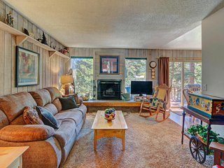Comfy condo w/ beautiful mountain views beyond trees! Walk to Giant Steps lifts! - Brian Head vacation rentals
