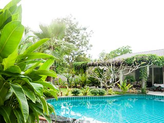 BLUE BIRD GUESTHOUSE - Chao Lao Beach - Khlong Khut vacation rentals
