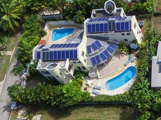 Vida Mejor east pool - Holetown vacation rentals
