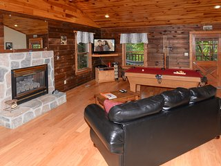 Love SHACK..A Cozy, Clean Cabin in Sevierville, TN. - Sevierville vacation rentals