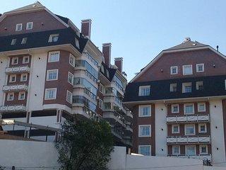 Gramado Centro Apartamento LUXO lindo CONDADO HOME - Gramado vacation rentals