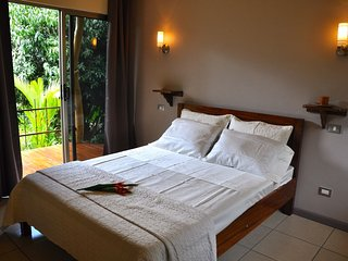 tiriguro lodge-b&b-colibri - Orotina vacation rentals