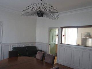 Agréable maison de caractère - Donville-les-Bains vacation rentals
