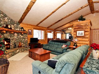 Perfect Cabin with Deck and Internet Access - Big Bear Lake vacation rentals