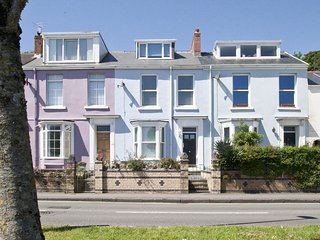 Bright 4 bedroom Mumbles House with Internet Access - Mumbles vacation rentals