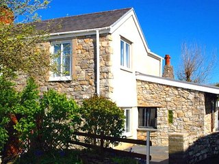 Comfortable 2 bedroom Cottage in Mumbles - Mumbles vacation rentals