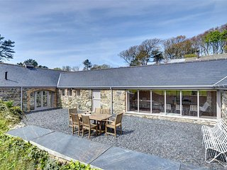 Perfect Cottage with Internet Access and Television - Tywyn vacation rentals