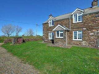 2 bedroom Cottage with Washing Machine in Llanrhian - Llanrhian vacation rentals