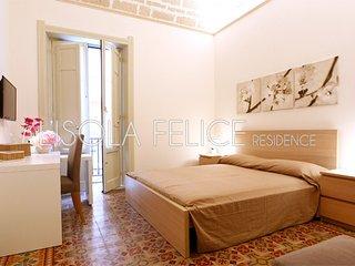 L'isola Felice Residence App. Ustica 2 Posti - Trapani vacation rentals
