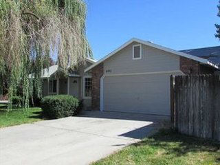 Cozy and Clean 4 Bedrooms near Micron - Boise vacation rentals
