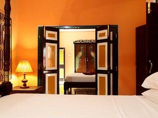 Bright 15 bedroom Katunayaka Villa with Internet Access - Katunayaka vacation rentals