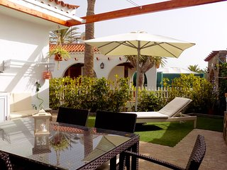 Perfect Bungalow with Internet Access and A/C - Maspalomas vacation rentals