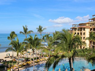 Villa La Estancia 1 Bedroom Oceanfront - Flamingos vacation rentals