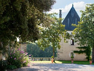 La Tour, Chateau de Charras- Magical hunting lodge - Charras vacation rentals
