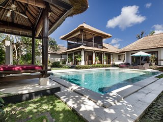3BR VILLA ☆ 700M. WALK TO THE BEACH ☆ PROMO 30%OFF - Kedonganan vacation rentals