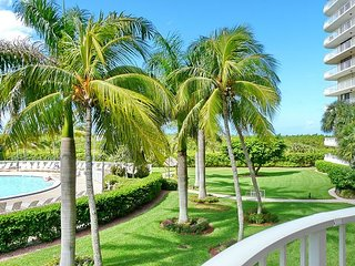 Ideally situated beachfront condo w/ heated pool & two separate balconies - Marco Island vacation rentals