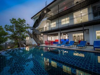 Private 8 bedrooms Villa Nap Dau Crown - Chalong Bay vacation rentals