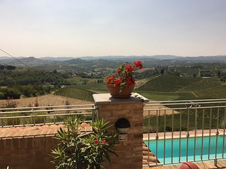 Lovely apartment in Piemonte with gorgeous view - Castelnuovo Calcea vacation rentals