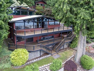 Beautiful Lake House & Guest Cabin on the Water - Stanwood vacation rentals