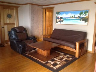 Eagle Ray 2 Bedrooom/2 Bath Stunning Villa - West Bay vacation rentals
