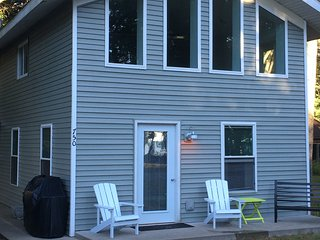 2 bedroom Chalet with Internet Access in Houghton Lake - Houghton Lake vacation rentals