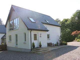Acorn Cottage, Banavie, Fort William - Banavie vacation rentals