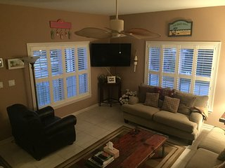 Nice Townhouse with Internet Access and A/C - Indian Rocks Beach vacation rentals