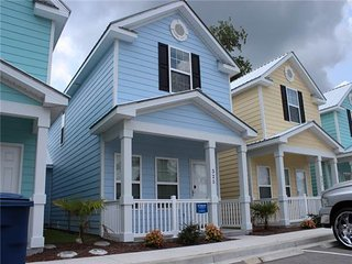 New 2-Bedroom Cottage, One Block To Beach! - Myrtle Beach vacation rentals