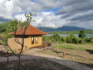1 bedroom Bed and Breakfast with Internet Access in Banyuwedang - Banyuwedang vacation rentals