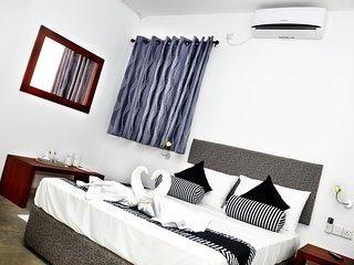 Comfortable 3 bedroom Bed and Breakfast in Peradeniya - Peradeniya vacation rentals