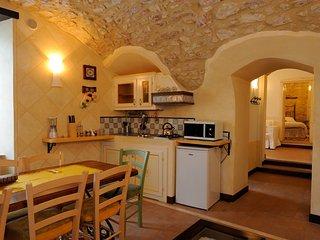 Cozy 1 bedroom Apartment in Scheggino with Internet Access - Scheggino vacation rentals