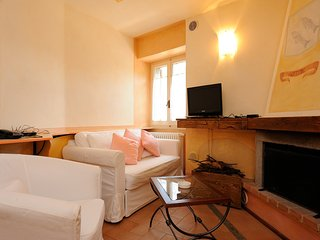 Romantic 1 bedroom Scheggino Condo with Washing Machine - Scheggino vacation rentals