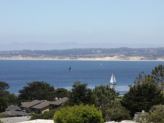 Peaceful, Wonderful Ocen Veiws, walk to canny row - Pacific Grove vacation rentals