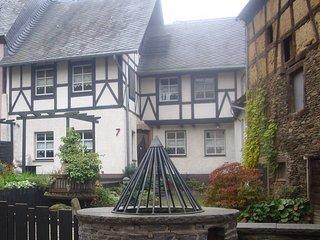 """Ferienhaus """"Haus am Pütz"""" - Wintrich vacation rentals"""