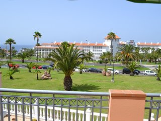 Spacious 2 bedrooms apartment for rent. in Duque - Costa Adeje vacation rentals