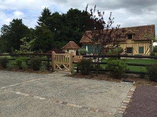 """MAISON Normande  á colombages """" la bergerie """" - Saint-Loup-de-Fribois vacation rentals"""