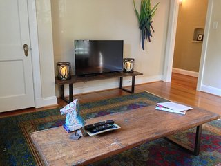 A Richmond Home Base - 2nd floor Apartment! - Richmond vacation rentals