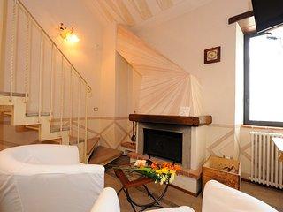 Romantic 1 bedroom Scheggino Condo with Internet Access - Scheggino vacation rentals