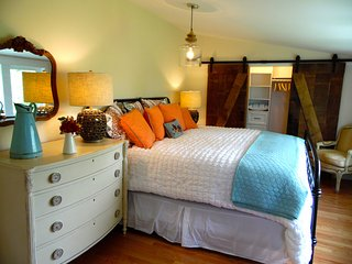 WILLARD BEACH:  Stunning newly RENOVATED HOUSE! - Portland vacation rentals