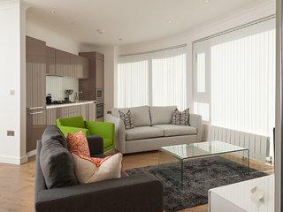 Deluxe London Bridge Apartment - London vacation rentals