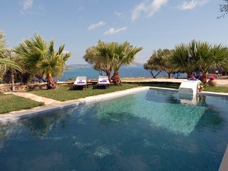 Kymaros Villa Oniro, 4bedr, priv.pool, sea view - Limni Keri vacation rentals