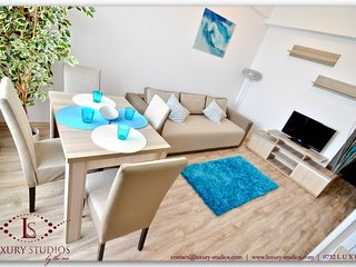 SUMMERLAND LUXURY SAINT-TROPEZ STUDIO by the sea - Mamaia-sat vacation rentals