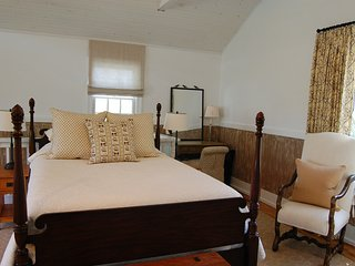 Ramsay Carriage House with Mountain Views - Charlottesville vacation rentals