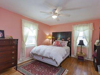 The Cottage at Melrose - Nashville vacation rentals